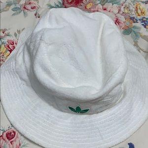 Vintage Adidas bucket hat